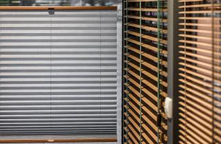 plisy okienne i żaluzje drewniane